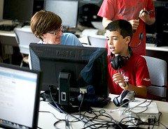 מורה ותלמיד בעולם דיגיטאלי from flickr by torres21